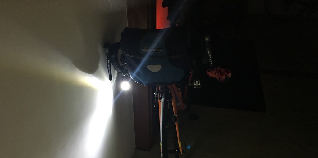 [Safely Cycle in Taiwan ] Let There be Light ! Using Flashlight in Taiwan